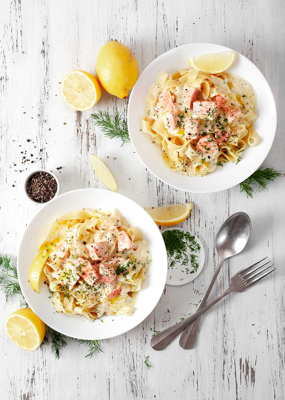 Bandnudeln mit Lachs in Zitronen-Sahnesoße 2