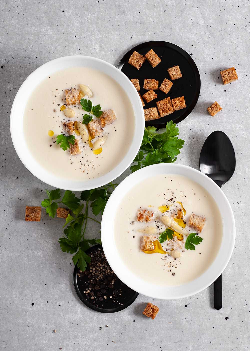 Spargelsuppe mit Croutons 2